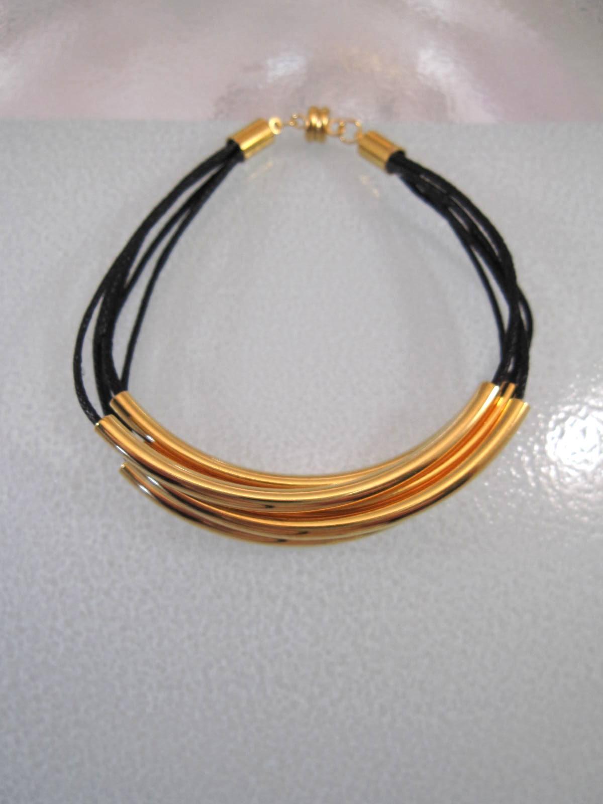 5 radigt Armband med Vaxtråd guld