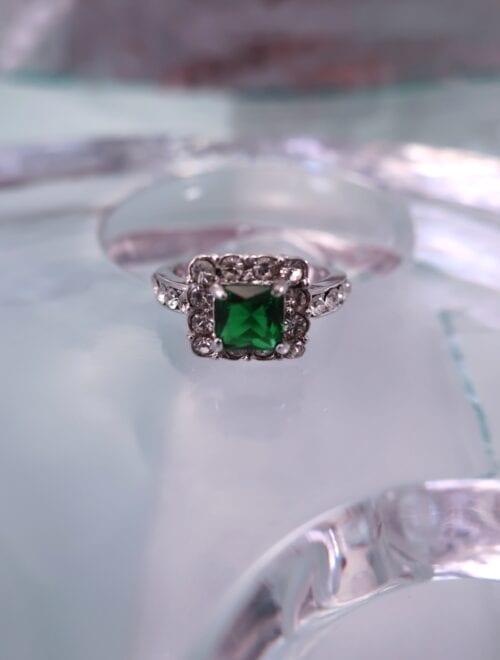 Bonus erbjudande 1000 – Kristall ring – Kant