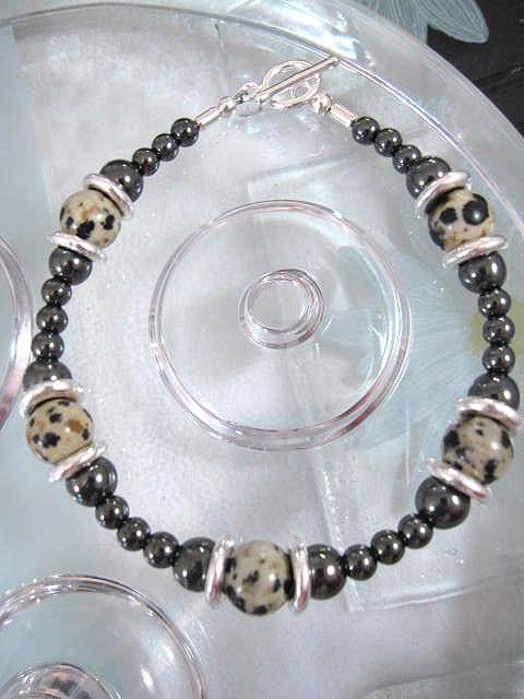 Dalmatinerjaspis o Hematit armband - Pärlor