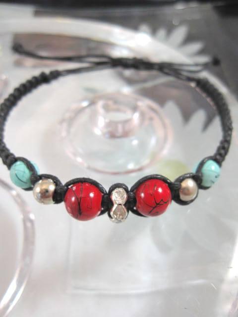 Armband med Porslinspärlor - Röd/Turkos/Justerbart/Makrame