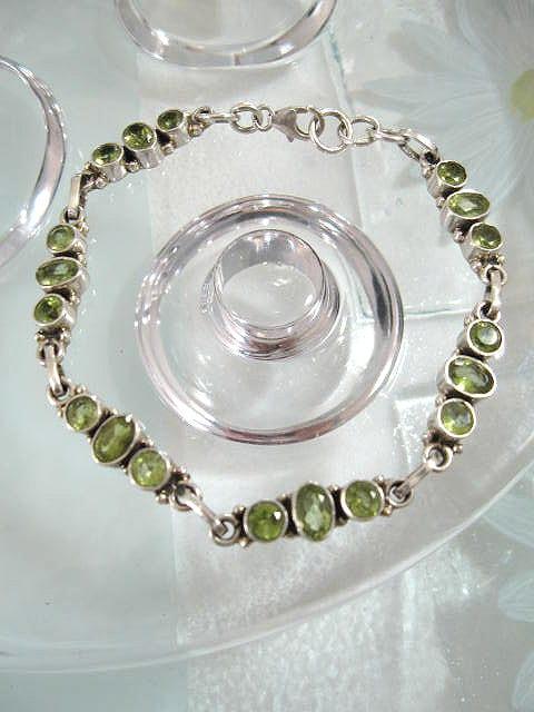 Peridot armband - Fasett/Oval