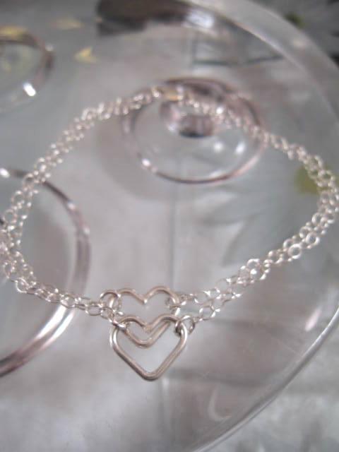 Silverarmband två hjärtan - Tvåradigt/Two Hearts One Love