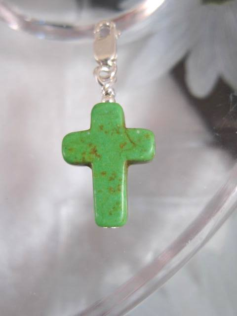 Berlock med karbinlås - Symbol/Kors/Grön