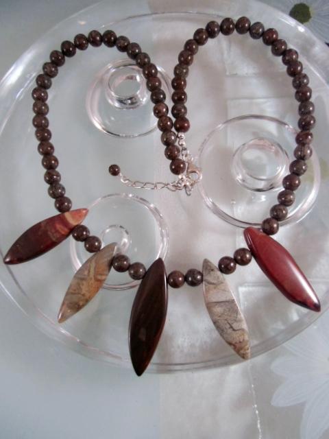 Agat o Jaspis halsband - Brun/Multifärg/Kleopatra