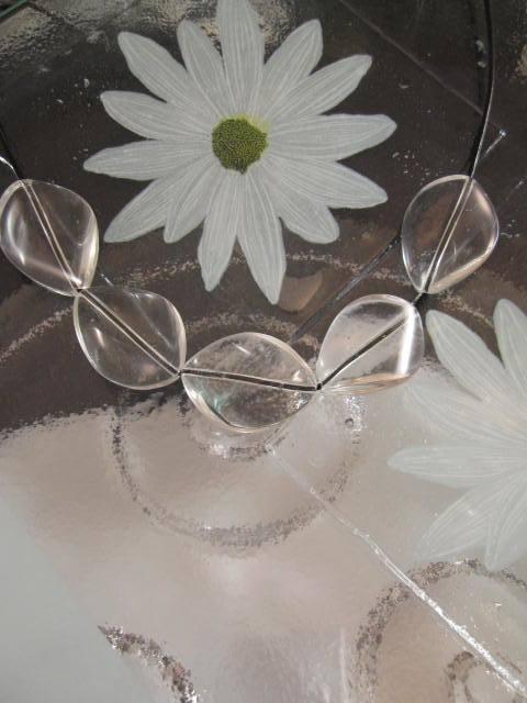 Glas halsband på läderrem - Droppe