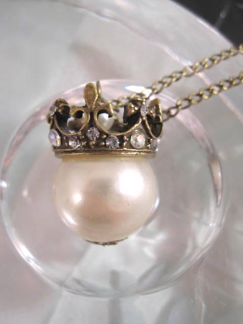 Långt halsband med pärla - Kristaller/Krona/Antik