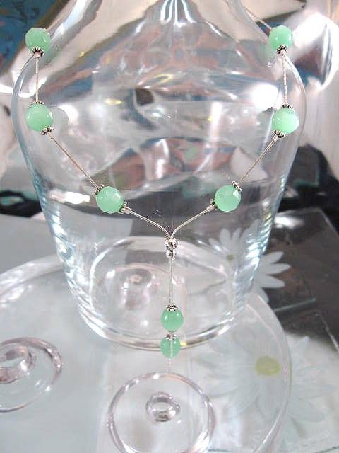 Glaspärlor på kedja halsband - Knyt/Grön/Fasett