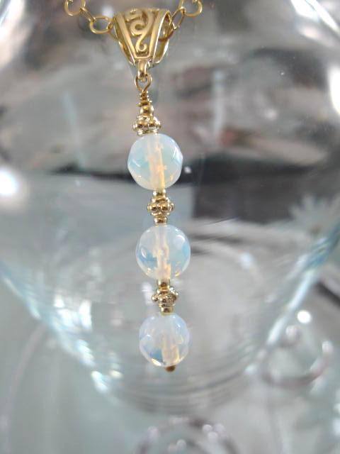 Guld, Vermeil hängsmycke med Opaliter - Ljusblå