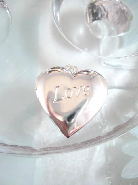 Bonus erbjudande 500 - Silverhjärta medaljong - Love/Öppningsbar
