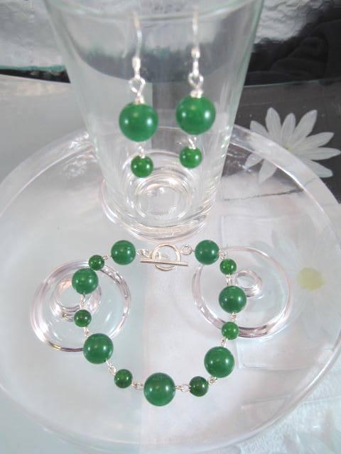 Jade armband o Jade örhängen - Set/Grön