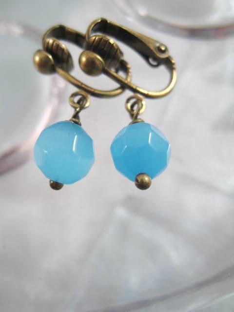 Clips örhängen med Glaspärlor - Fasett/Blå/Antikbehandlade