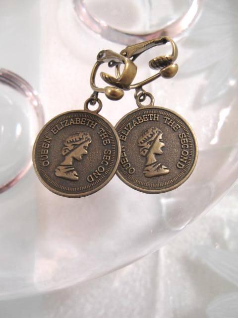 Clips örhängen med Pengar - Antikbehandlade