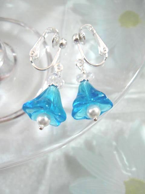 Clips örhängen med Glaspärlor o Swarovskipärlor - Klocka/Blå