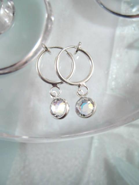 Clips creoler örhängen med Swarovskikristaller - Vit AB