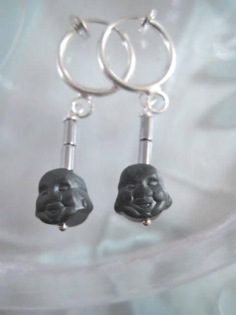 Clips Creoler örhängen med Hematit Buddha ansikte