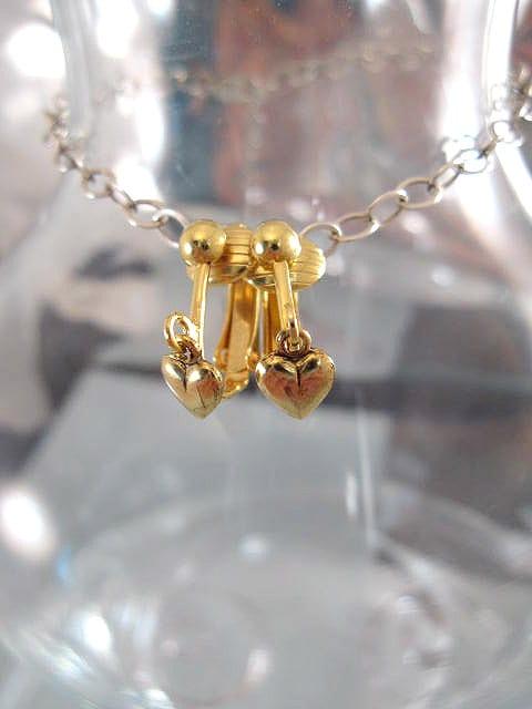 Clips örhängen med Guldhjärtan - Guldpläterade