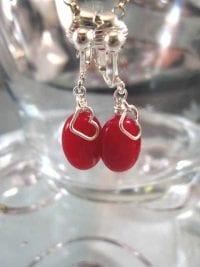 Clips örhängen med Jade - Hjärta/Oval/Röd/Silverpläterade