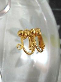 Clips örhängen - Guldpläterade clipshängen
