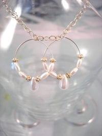 Pärlemor örhängen - Vit/Droppe/Creol