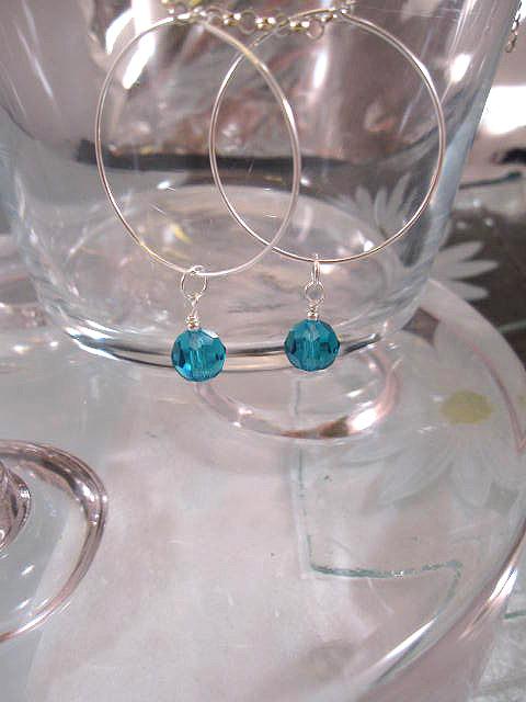 Creoler örhängen med Swarovskikristaller - Fasett/Rund/Turkos