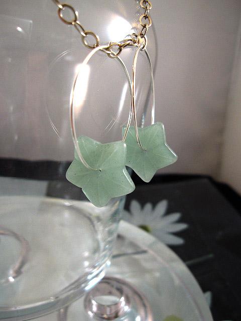 Creol örhängen med Aventurin blommor - Grön