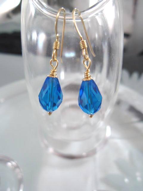 Guld o Swarovskikristaller örhängen - 14K GF/Droppe/Koboltblå