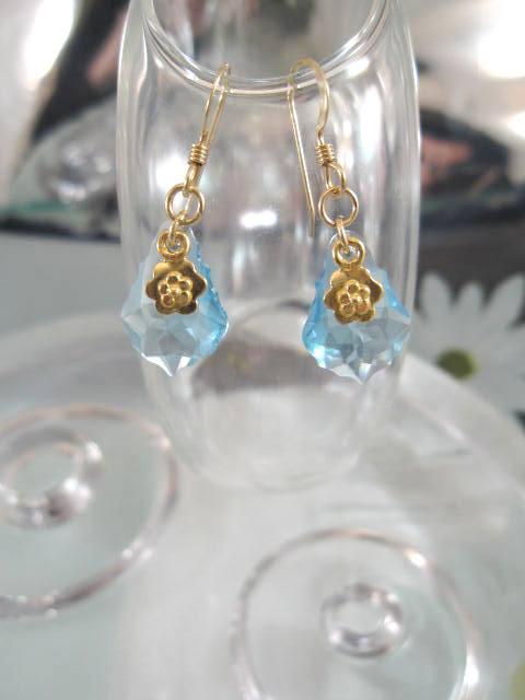 Guld o Swarovskikristaller örhängen - 14K GF/Blomma