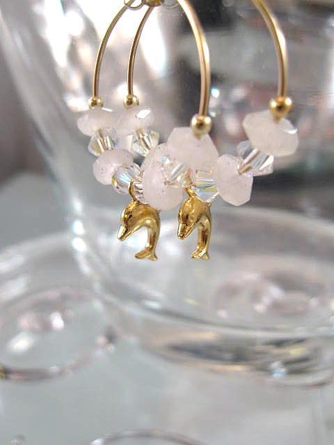 Guld, Rosenkvarts o Swarovskikristaller örhängen - 14K GF/Creoler/Delfin