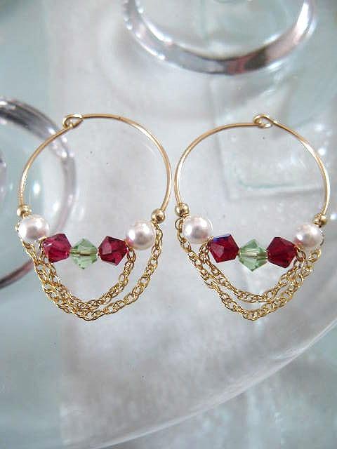 Guld, Swarovskikristaller o pärlor örhängen - 14K GF/Creoler