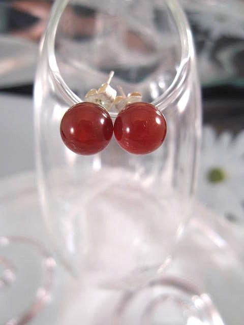 Karneol örhängen - Studs/Pärlor 8 mm