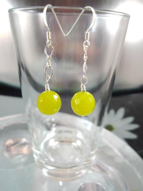 Jade på kedja örhängen - Fasett/Pärlor/Olivgrön