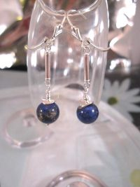 Lapis Lazuli örhängen - Pärlor/Fleur de Lis/Leverback