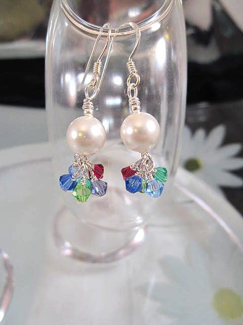 Swarovskipärlor o Swarovskikristaller örhängen - Multifärg/Klase/Vit