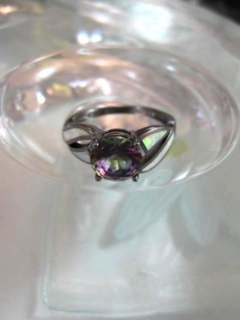 Opal o Mystisk Topas ring - Fasett