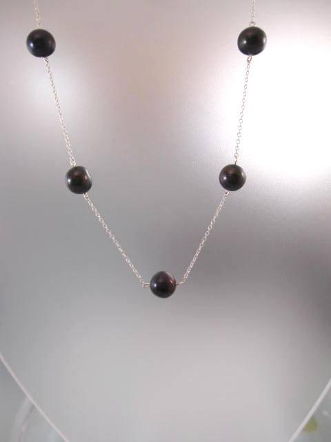 5 Sötvattenspärlor på kedja halsband - Svart