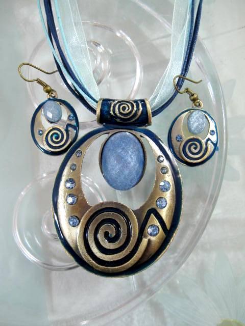 Smyckeset Halsband o Örhängen - Emaljerad/Kristaller/Blå/Brons/Oval1