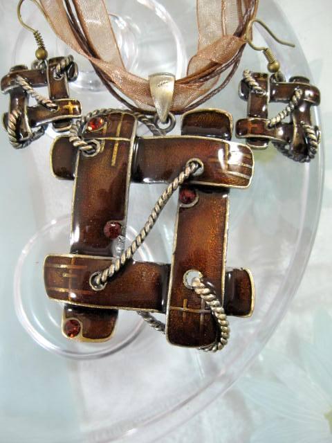 Smyckeset Halsband o Örhängen - Emaljerad/Brun/Brons/Knut