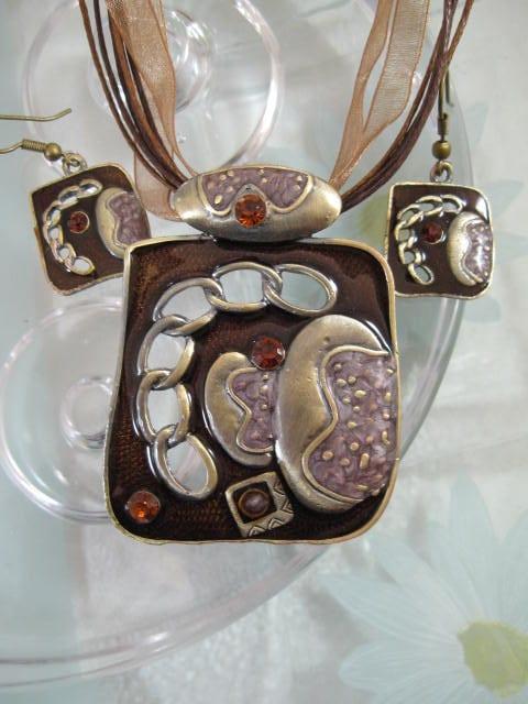 Smyckeset Halsband o Örhängen - Emaljerad/Brun/Brons/Kant